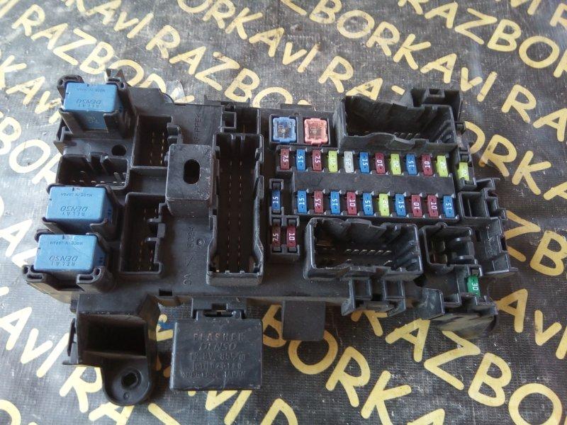 Блок предохранителей Suzuki Escudo TD94W