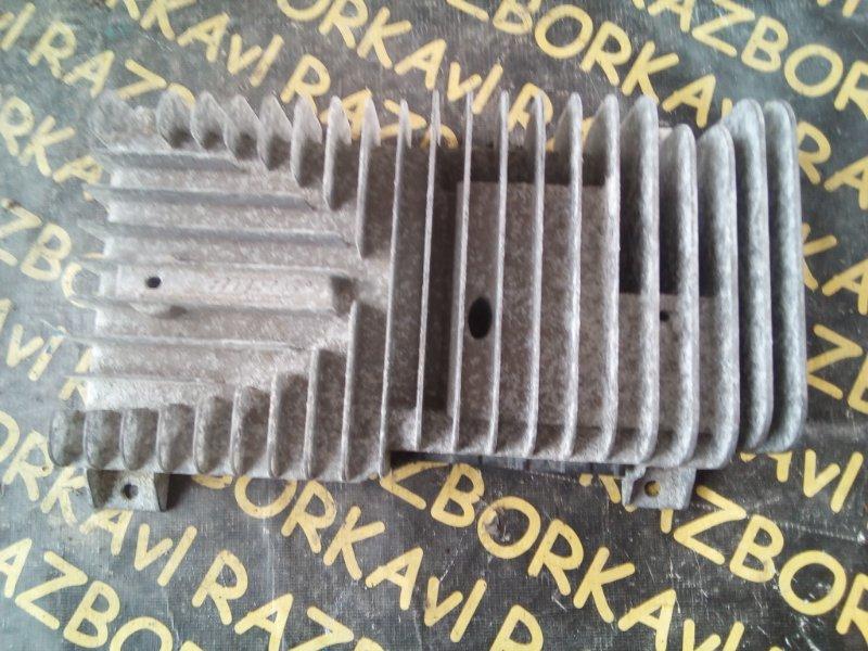 Усилитель магнитофона Nissan Patrol Y62 VK56VD