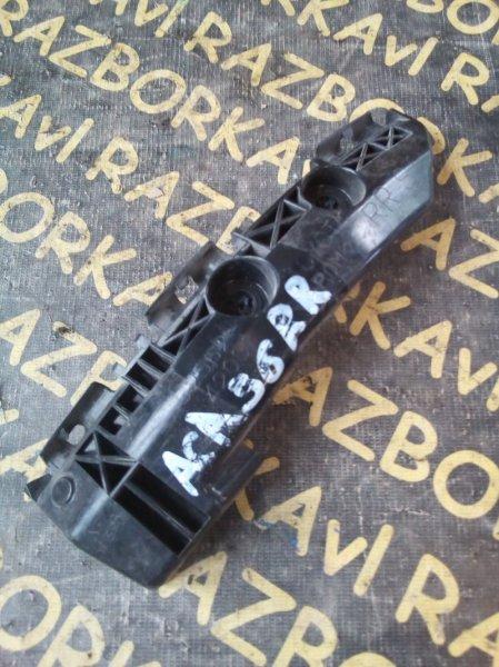 Крепление бампера Toyota Rav4 ACA31 2AZFE заднее правое