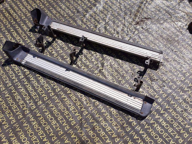 Подножка Mitsubishi Pajero V24W 6G72. 4D56