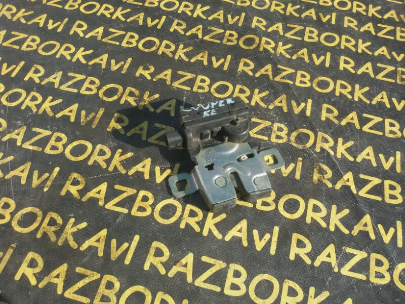 Замок 5-й двери Mini Cooper R50 W10B16A 2002 задний