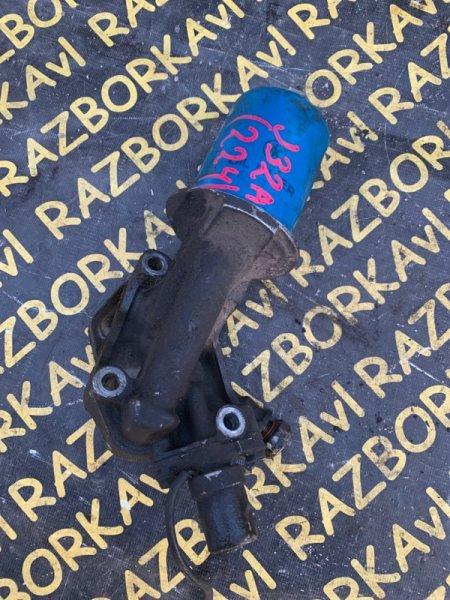 Крепление масляного фильтра Honda Inspire UA4 J32A
