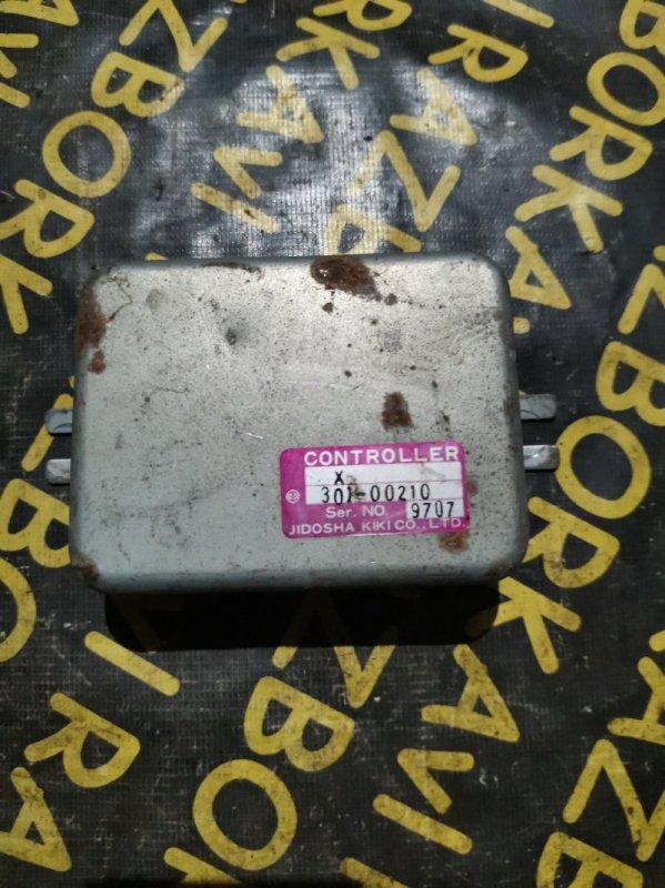 Электронный блок Isuzu Bighorn UBS73 4JX1