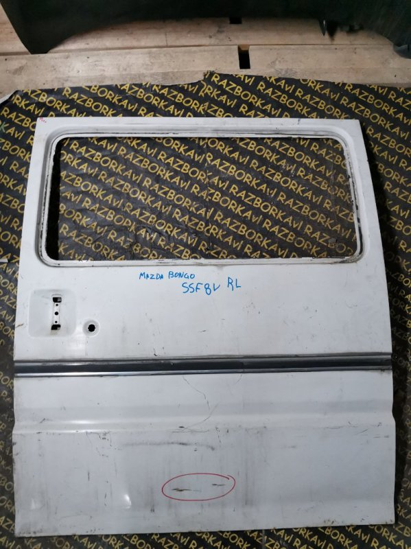 Дверь Mazda Bongo SSE8R задняя левая