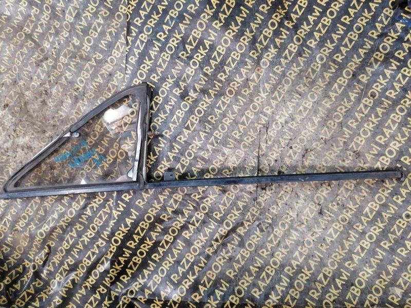 Форточка двери Isuzu Bighorn UBS55 передняя правая