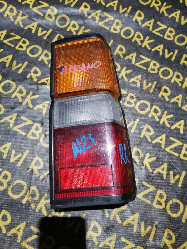 Стоп-сигнал Nissan Caravan ARME24 задний правый