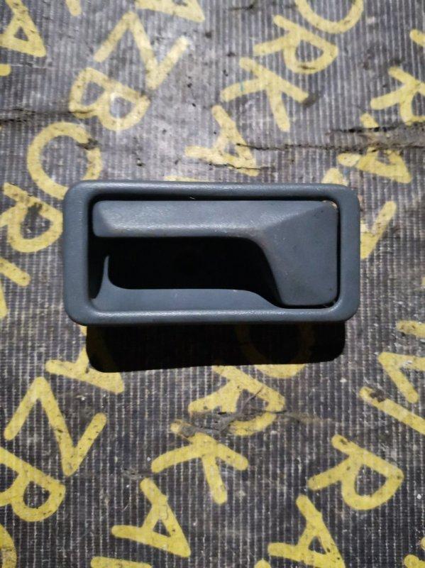 Ручка двери внутренняя Mazda Mpv LV5W задняя левая