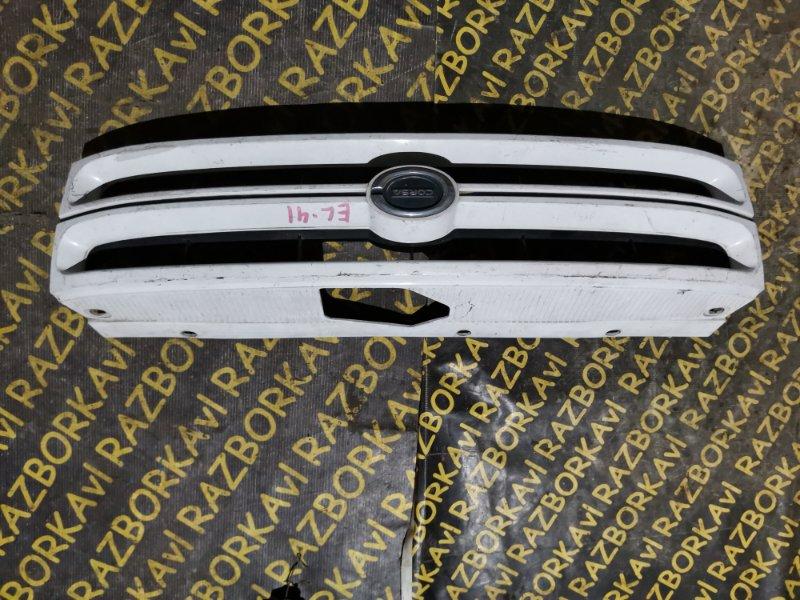 Решетка радиатора Toyota Corsa EL41 передняя