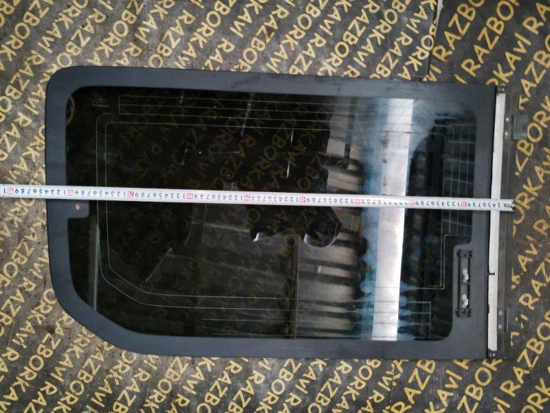 Стекло собачника Honda Stepwgn RF3 заднее правое