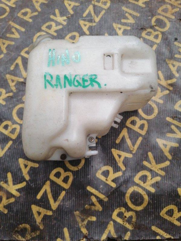 Бачок стеклоомывателя Hino Ranger FC3H
