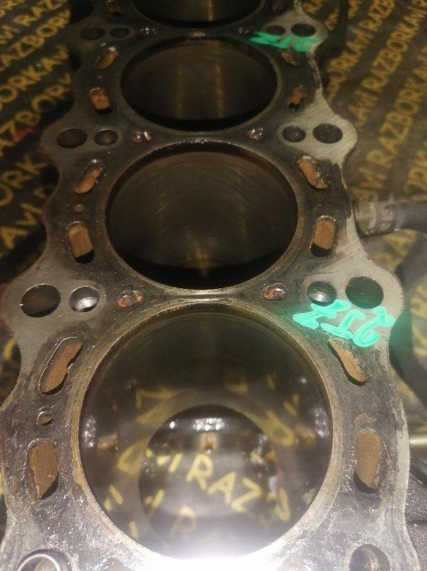Блок цилиндров Toyota Brevis JCG11 2JZFSE