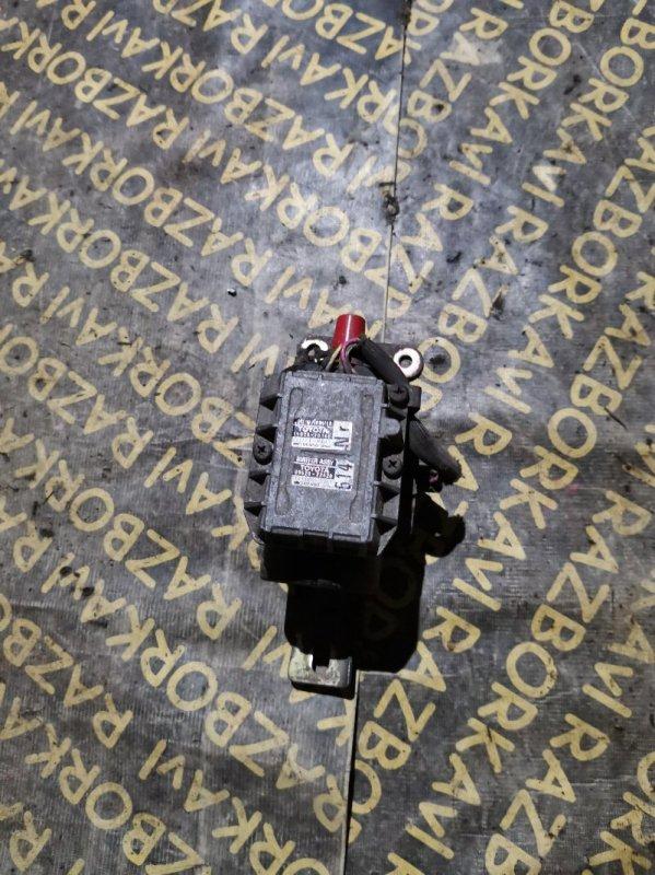 Катушка зажигания Toyota Chaser GX70 1GGE