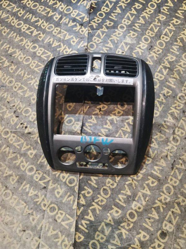Консоль магнитофона Mazda Familia BJ3P