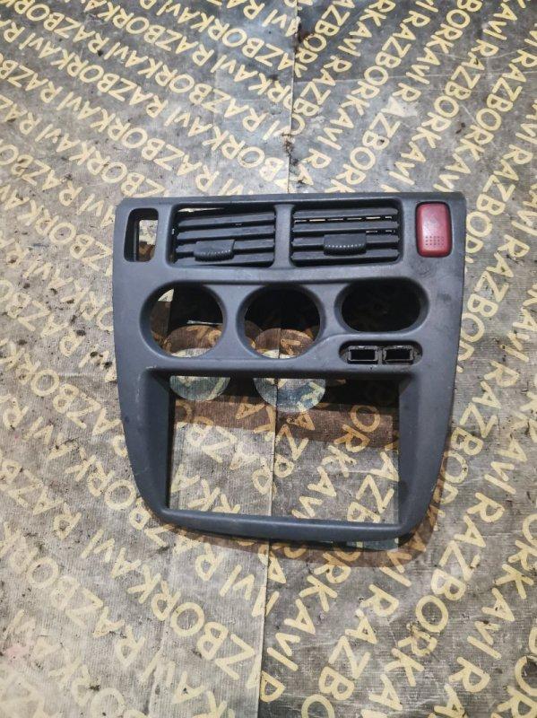 Консоль магнитофона Honda Hr-V GH1