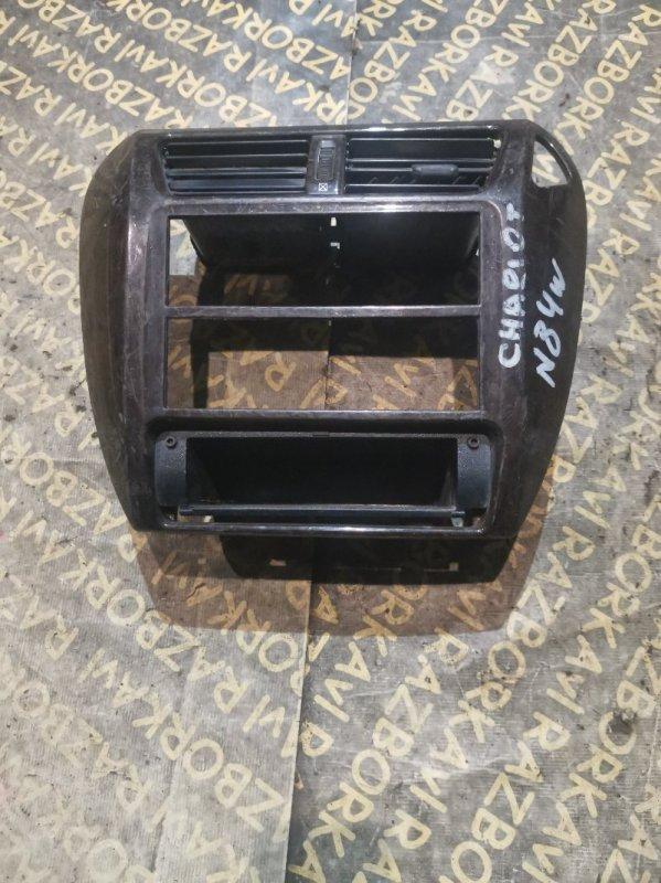 Консоль магнитофона Mitsubishi Chariot N84W