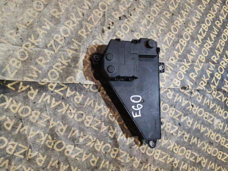 Блок предохранителей Bmw 530 E60