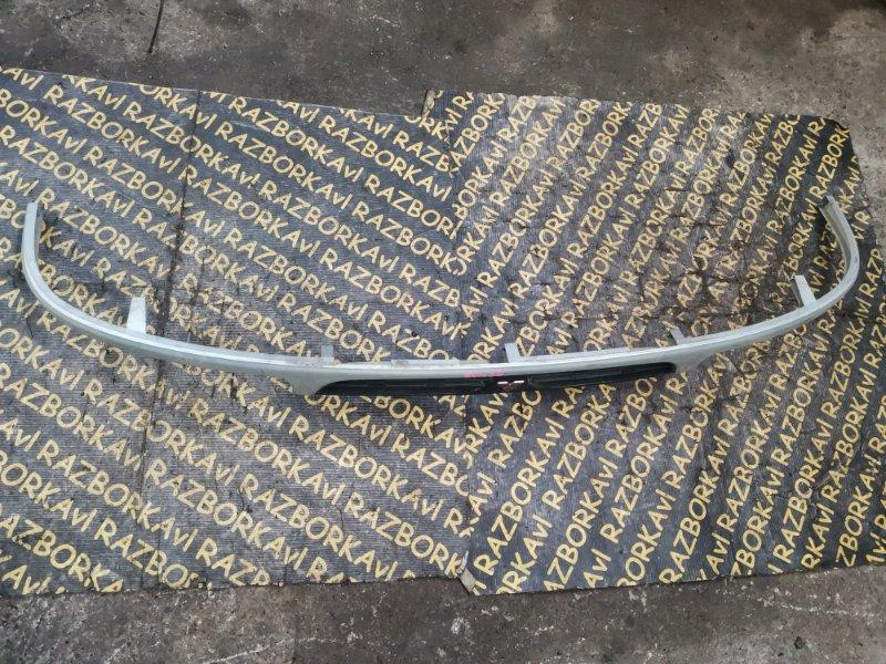 Решетка радиатора Mitsubishi Delica PA4W