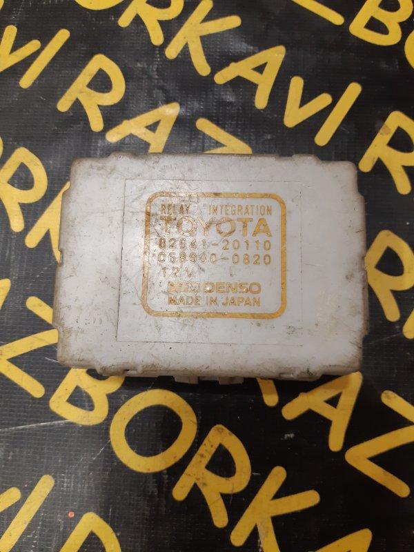 Блок предохранителей Toyota Corolla AE100