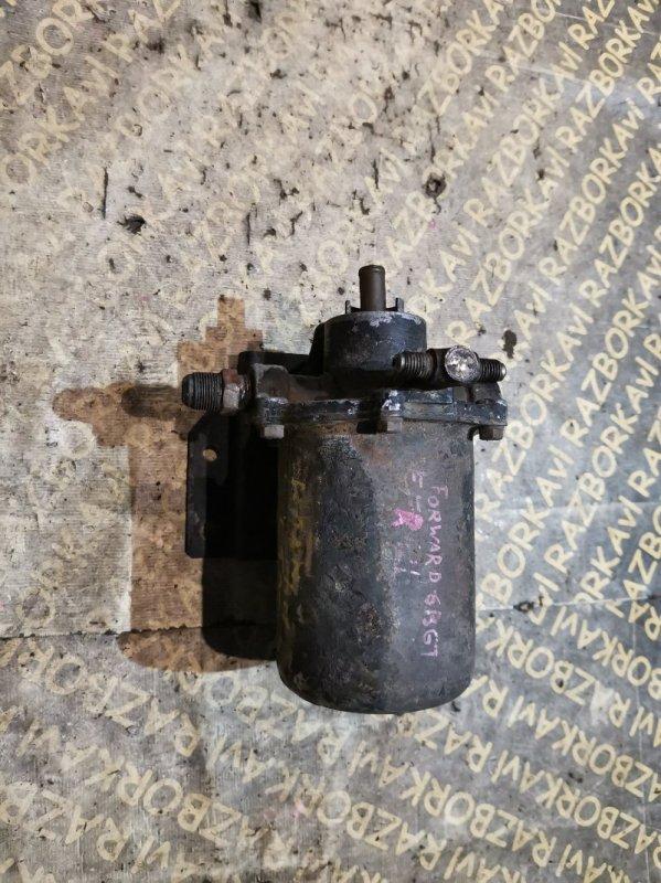 Крепление масляного фильтра Isuzu Forward FRR12L 6BG1