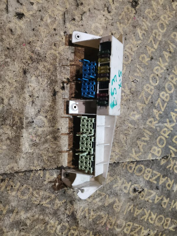 Блок предохранителей Bmw X5 E53 M54B30