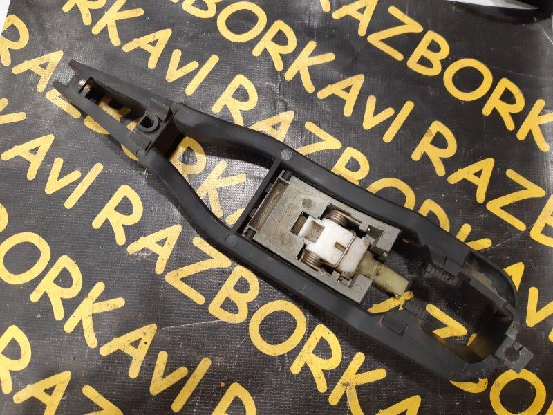 Кронштейн ручки наружной дверной Bmw 328I передний левый