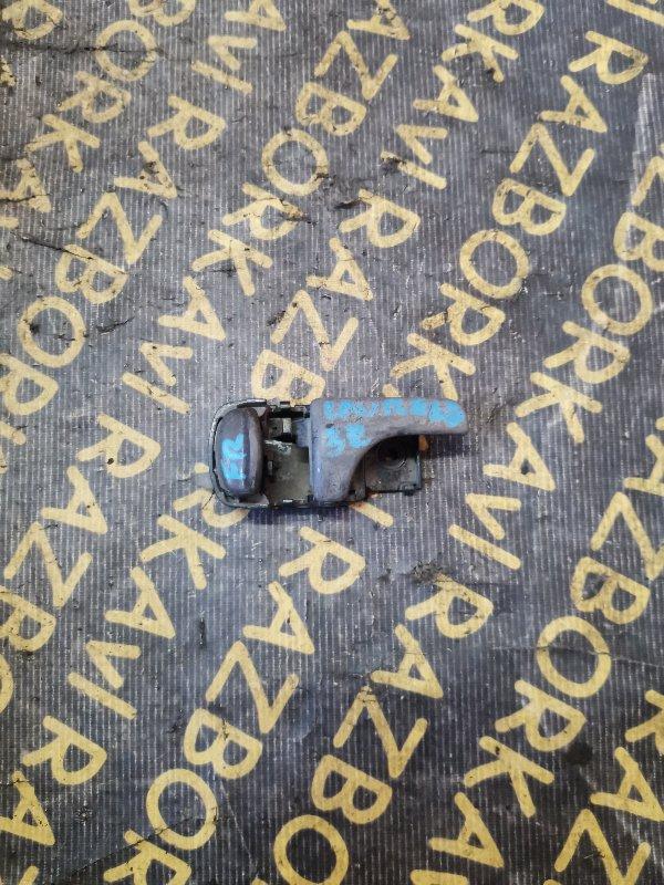 Ручка двери внутренняя Nissan Laurel EC33 CA18I передняя правая