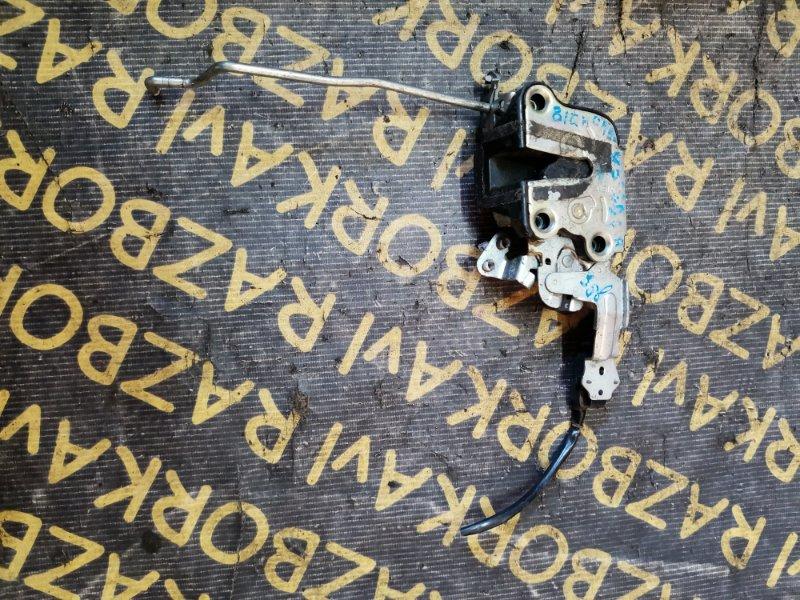 Замок двери Isuzu Bighorn UBS69 передний правый