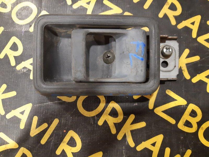 Ручка двери внутренняя Nissan Safari WGY60 TB42E 1987 передняя правая