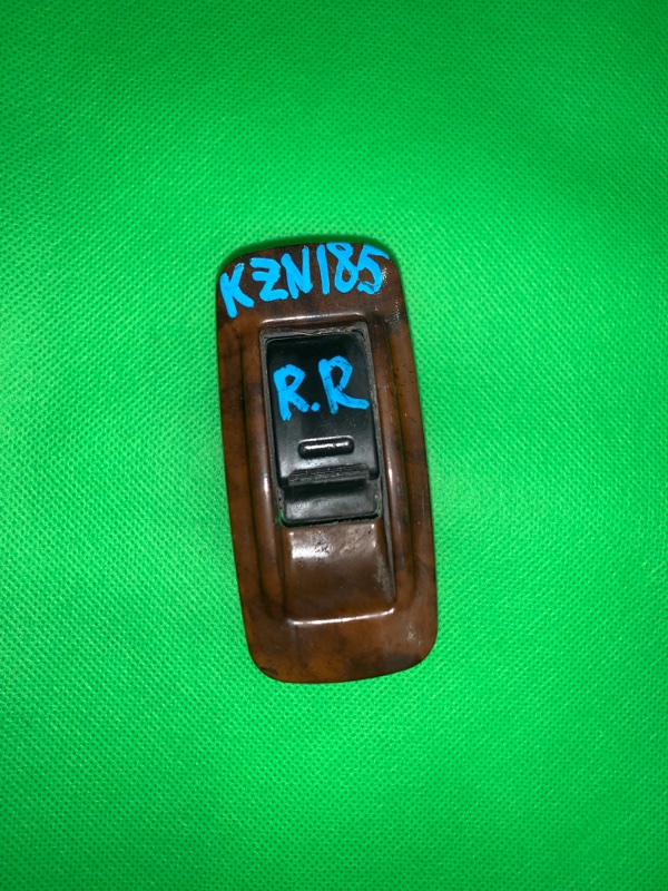 Пульт стеклоподъемника Toyota Hilux Surf KZN185 задний правый
