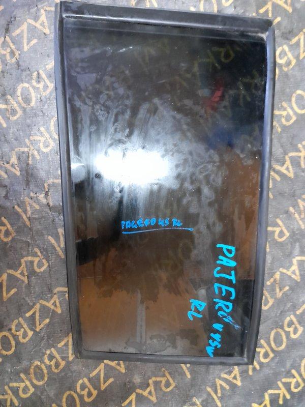 Форточка двери Mitsubishi Pajero V44W задняя левая