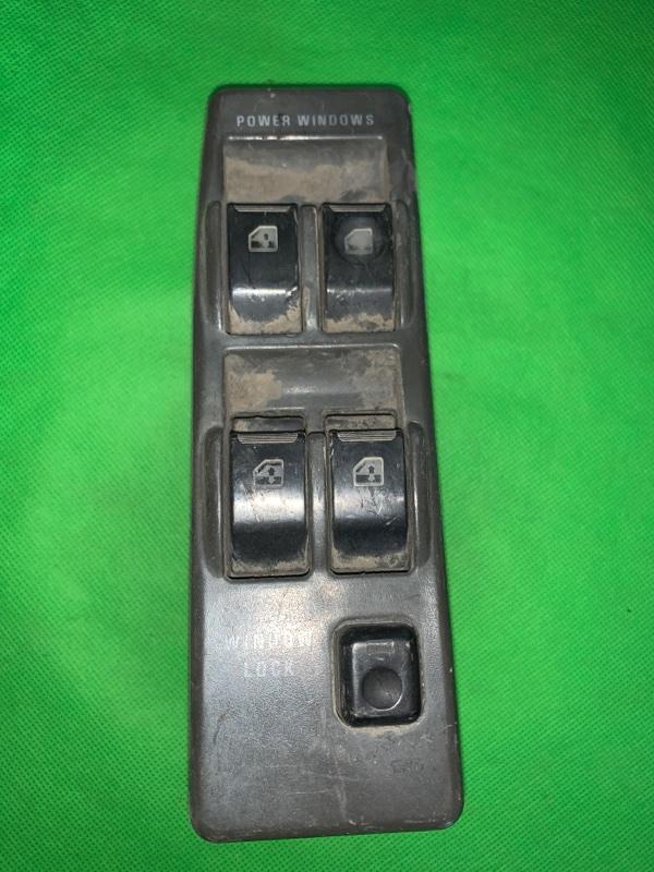 Пульт стеклоподъемника Mitsubishi Pajero V43W передний правый