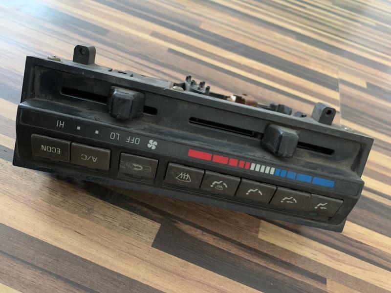 Блок управления климат-контролем Toyota Corolla AE91