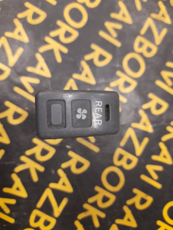 Кнопка Toyota Lite Ace CR21