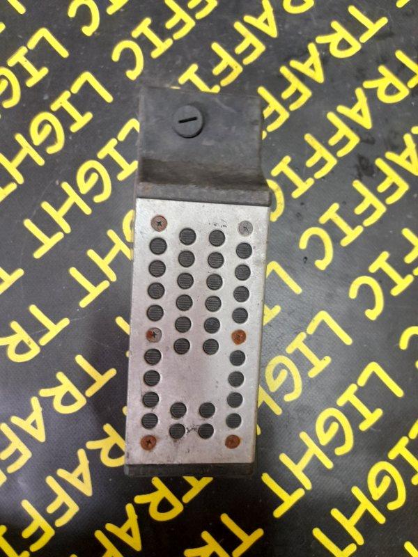 Накладка декоративная Infiniti Fx45 S50