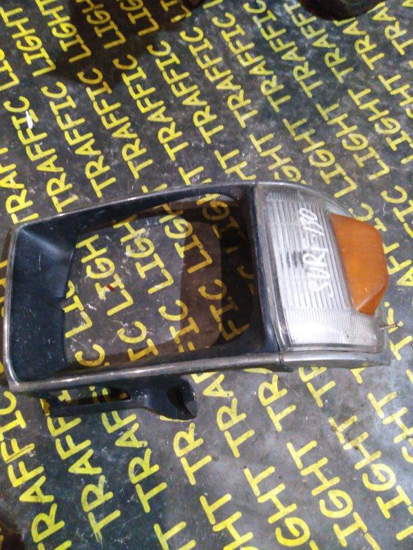 Очки на фары Toyota Hilux Surf LN130 передние левые