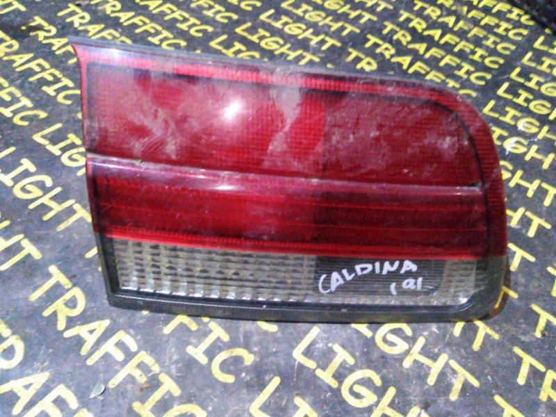 Стоп-вставка Toyota Caldina AT210 задняя левая
