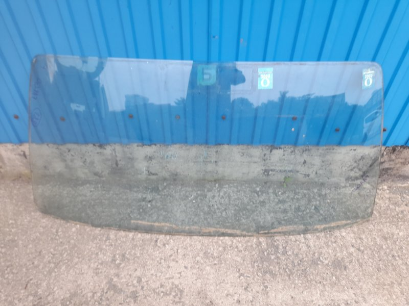 Лобовое стекло Isuzu Fargo WFR62FV 4FG1