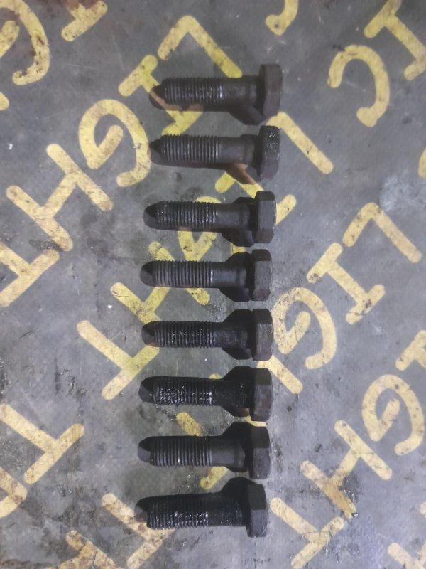 Болт маховика Isuzu Fargo WFR62FV 4FG1