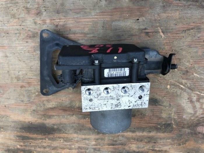 Блок abs Subaru Forester SG9 EJ255 2005