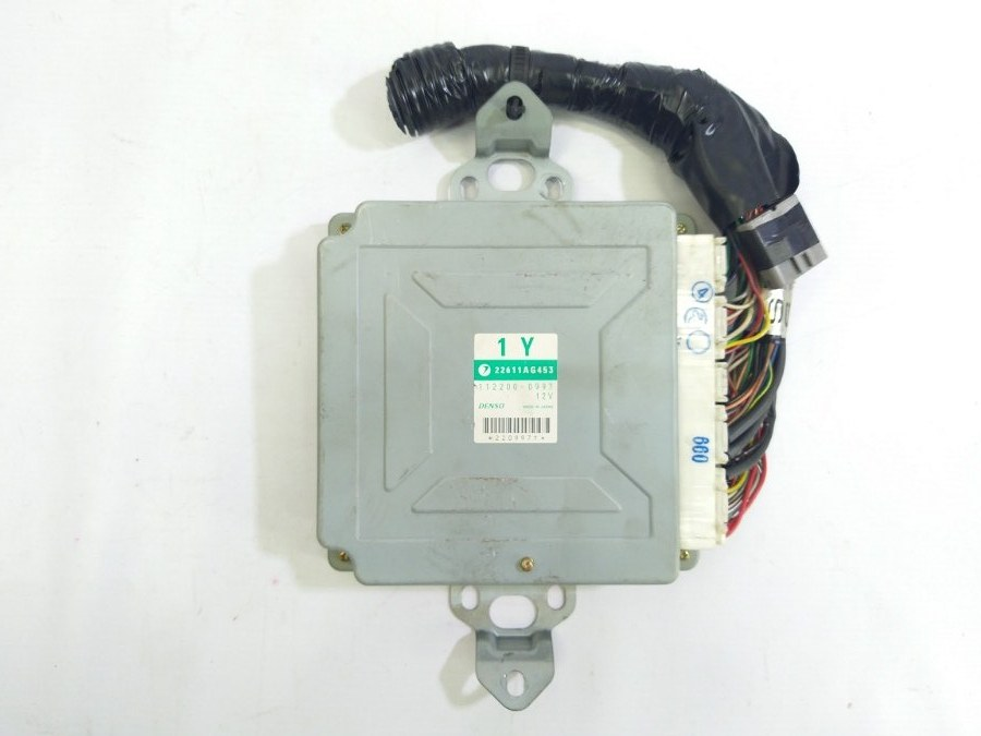 Блок управления двигателем Subaru Legacy BE5 EJ206 2001