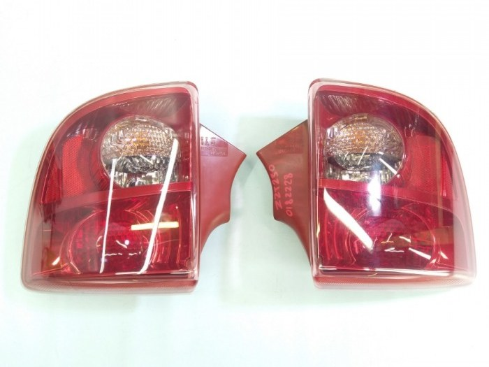 Стоп-сигнал Toyota Celica ZZT231 2ZZ 2004