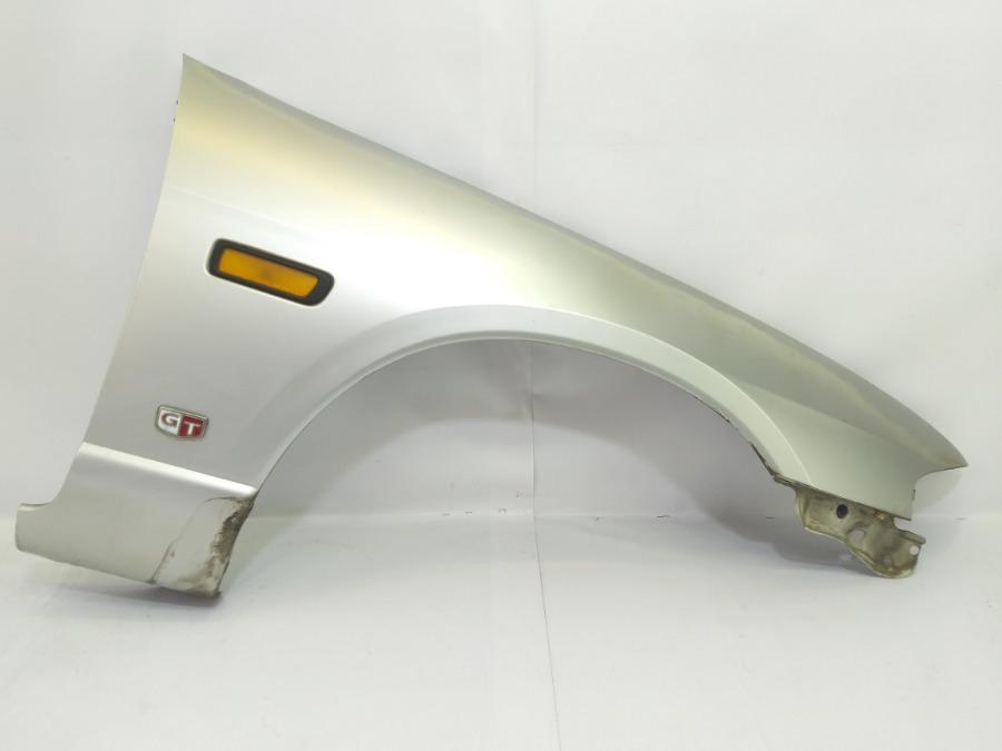 Крыло Nissan Skyline ECR33 RB20E 1995 переднее правое