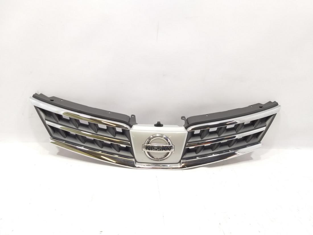 Решетка радиатора Nissan Tiida C11 HR15DE 2010