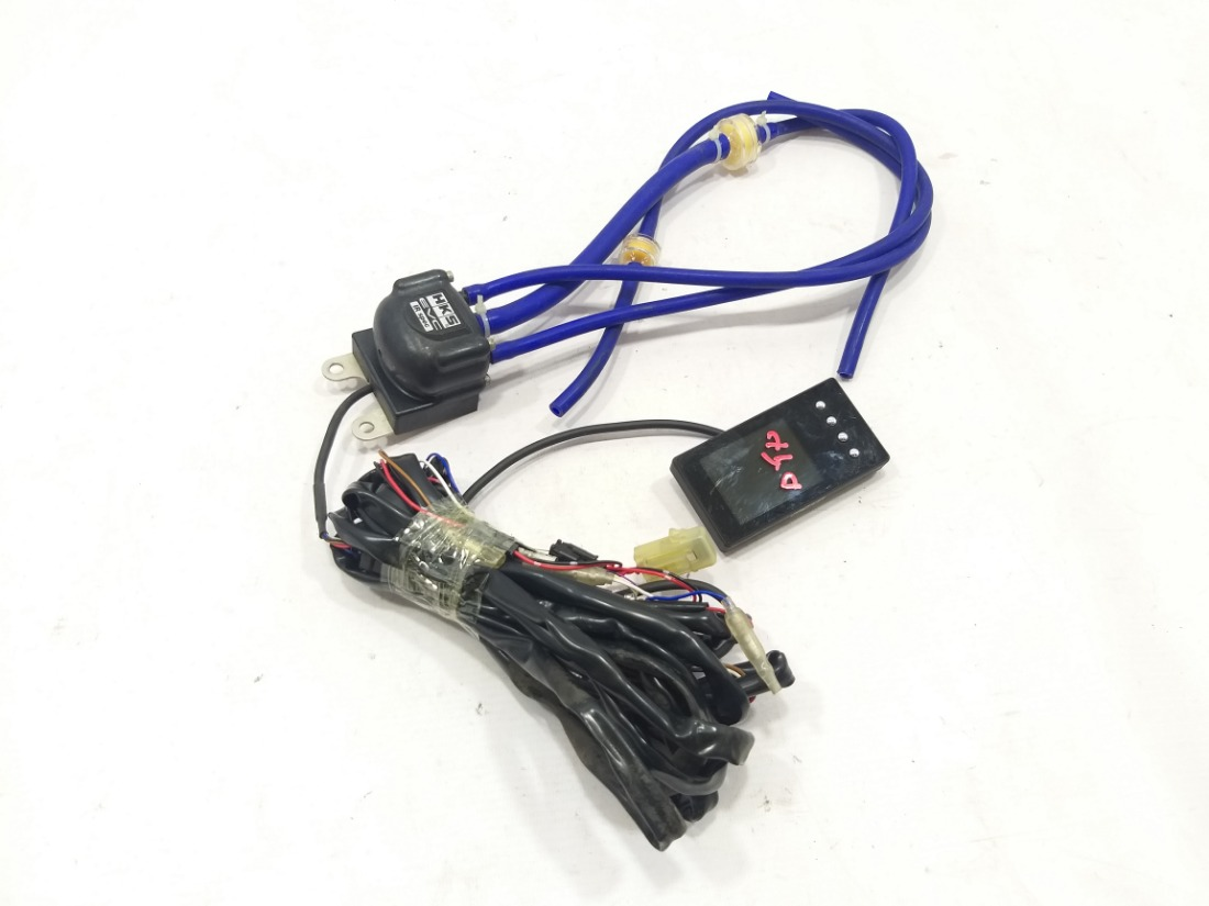 Буст-контроллер hks evc 6