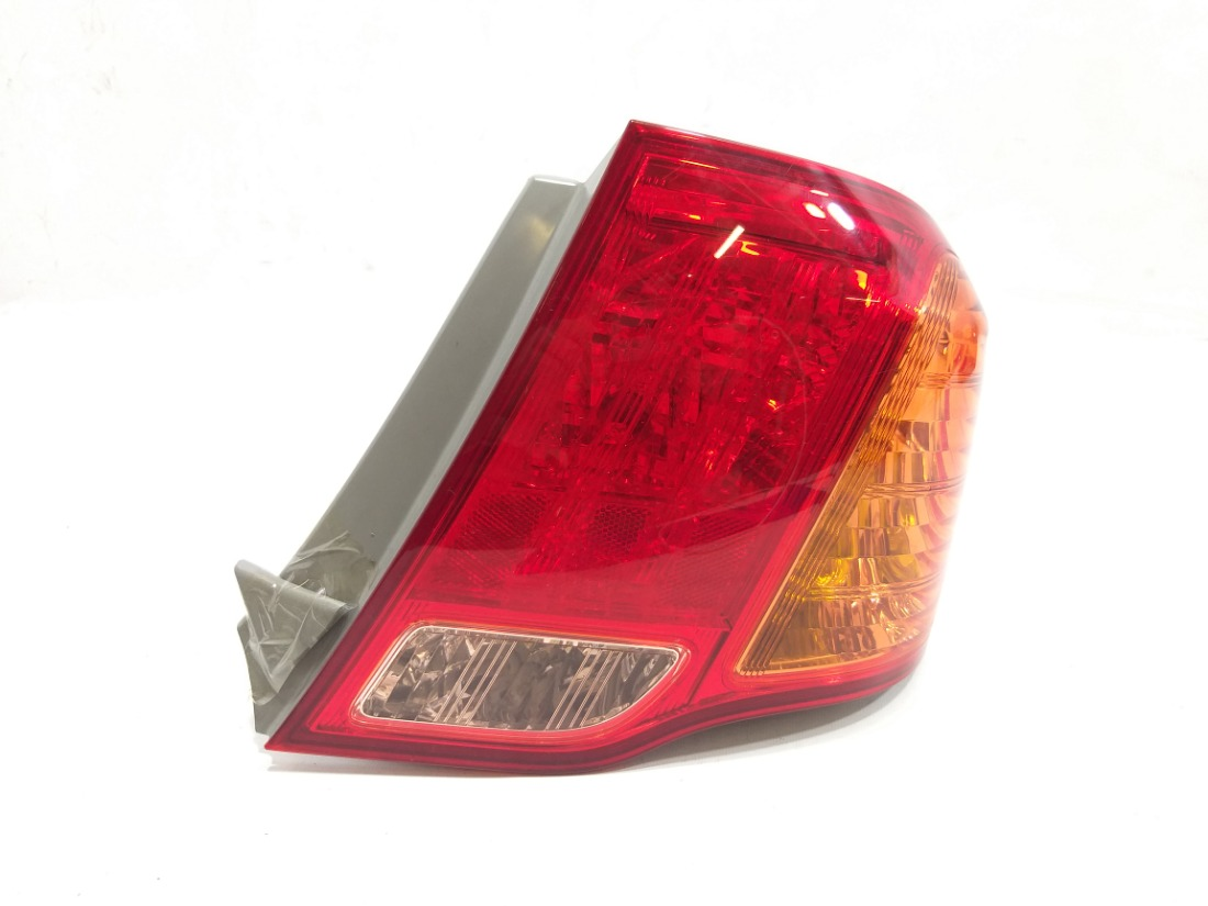 Стоп-сигнал Toyota Corolla Axio ZRE142 2ZRFE 2007 правый