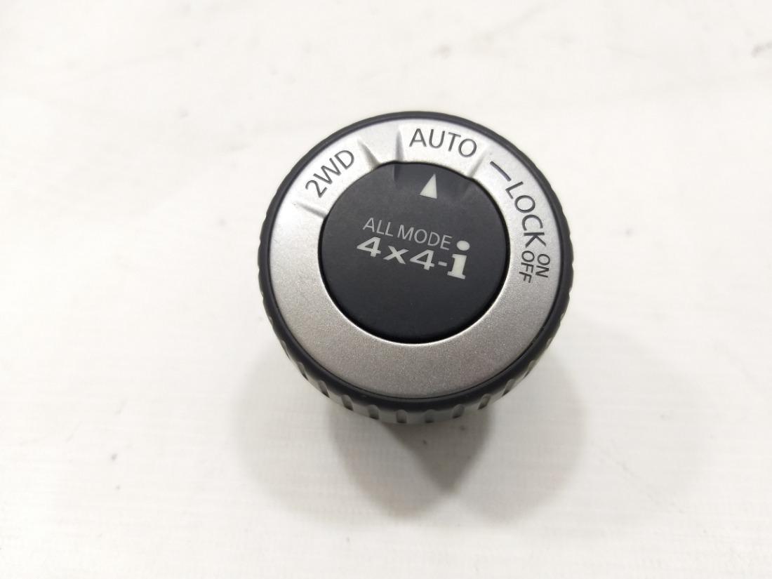 Кнопка Nissan X-Trail NT31 MR20DE 2007