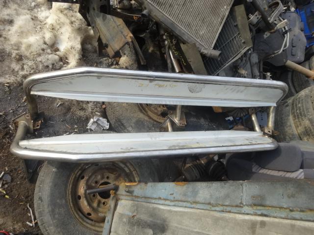 Подножки комплект Nissan Mistral KR20 TD27 1994