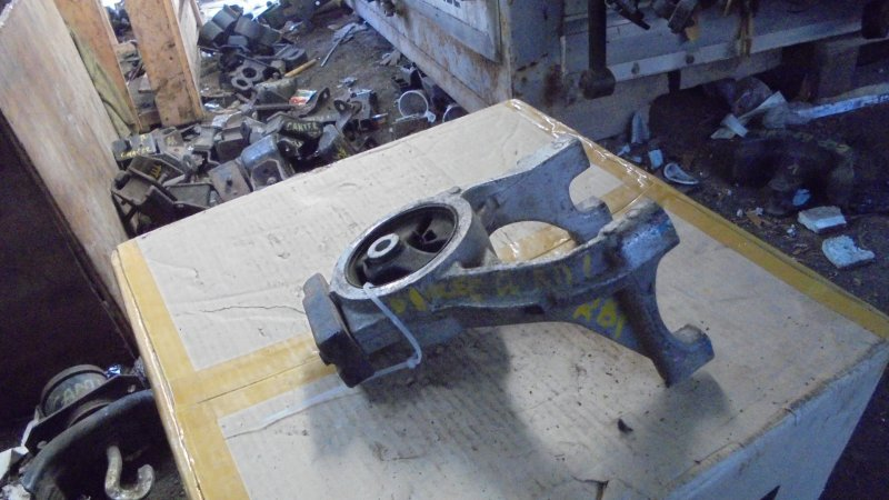 Подушка двигателя Honda Odyssey RB1 F20B 2002