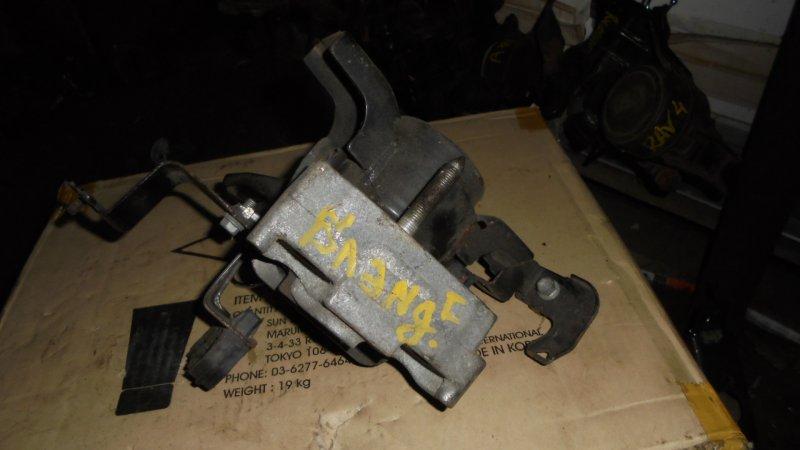 Подушка двигателя Toyota Blade AZE156 2AZ