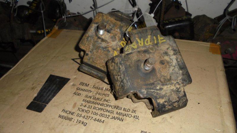 Подушка двигателя Toyota Landcruiser KZJ71 1PZ